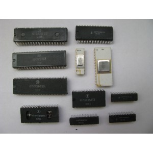 3 CPUs+ 8 ICs 580 Series Russian Clone of Intel 8080